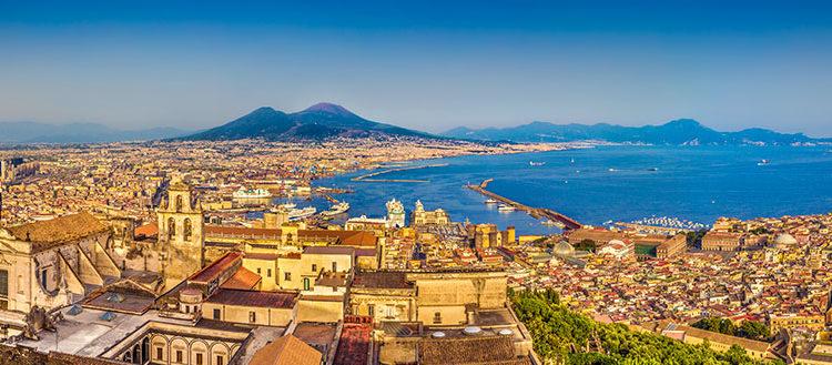 Napoli – en politisk og kulturelt spændt situation